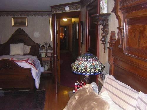 bedroom decor ideas on pinterest victorian bedroom victorian decor