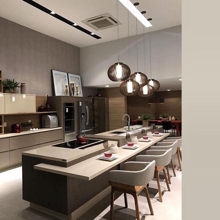 """288 Likes, 3 Comments - Arquitetura I Decoração (@decormorar) on Instagram: """"Espaço Gourmet com bancada em ilha que se une a mesa integrando os convidados com quem cozinha ✨…"""""""