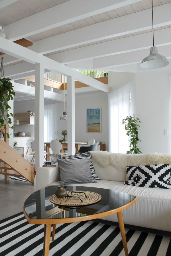 living room | modern interior | We Heart Home