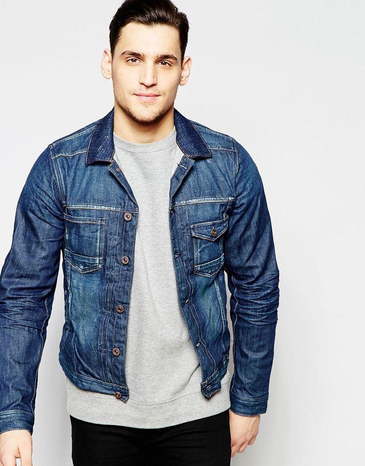 Een spijkerjasje staat iedereen goed, daarom mag deze ook echt niet uit je garderobe ontbreken. Wat vinden jullie van dit denim jacket van Scotch & Soda, nu in de uitverkoop! #mannen #heren #mode #jas #vest #spijkerstof #denim #jacket #men #fashion