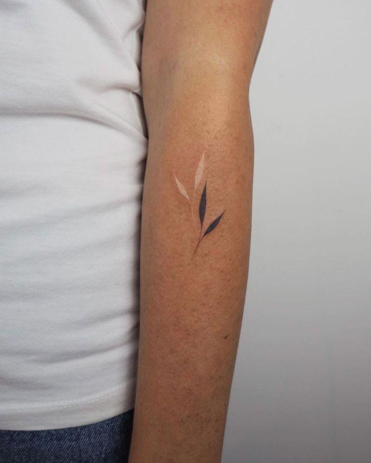 Guide de la femme à l'encre – 80 exemples de tatouage extraordinaires – Page 6 sur 9   – ARte