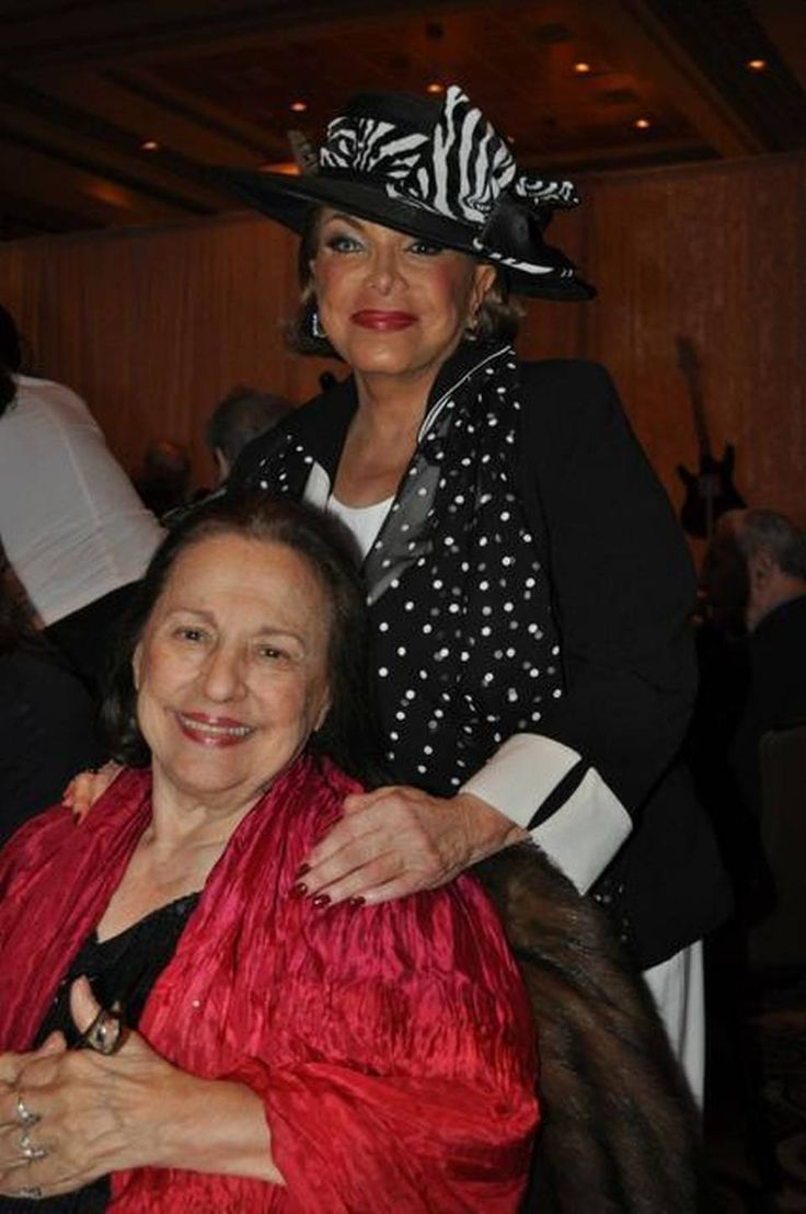 Joni James and Connie Francis, two of pop music's biggest stars in the 1950s and '60s, at a Neil Sedaka tribute February 12, 2015, at the Seminole Hard Rock Hotel & Casino near Hollywood, Florida. Photo by Steve Rothaus, Miami Herald Staff.