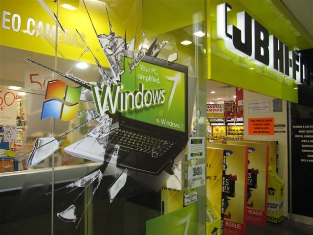 This 3D window graphic was designed and installed across retail stores in Australia for Microsoft to promote the launch of Windows 7.