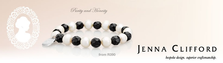 This is a stunning bracelet *in love*