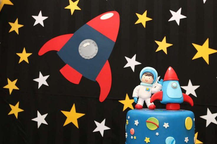 Space Astronaut Birthday Birthday Party Ideas | Photo 1 of 27