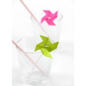 Piques cocktail moulin à vent avec strass au milie, déco de table - 6 Piques moulin à vent blanc, gris, bleu turquoise, vert anis, noir, fushia. http://www.baiskadreams.com/3072-pique-cocktail-moulin-a-vent-couleur-les-6.html