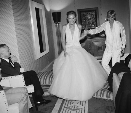Ellen and portia 39 s wedding day beautiful peace and most for Portia de rossi wedding dress