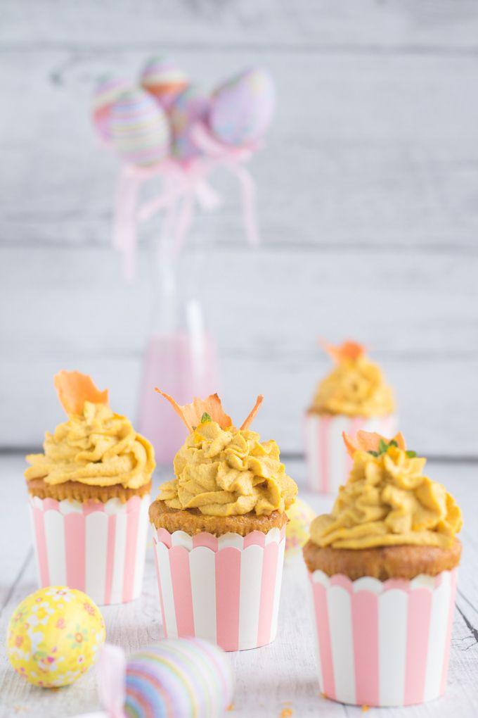 Vegan Cupcake alle carote con yogurt e zenzero e raw vegan frosting agli anacardi, zenzero e arancia | con versione #glutenfree #vegan #dietetico