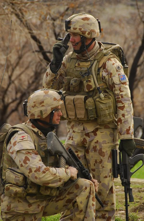 The modern Australian soldier in DPDU uniform and webbing - Afghanistan, 2007 - British & Commonwealth Military Badge Forum