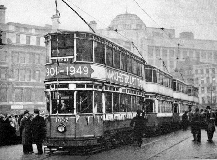 Manchester's last tram 1949. They hadn't reckoned on Metrolink.