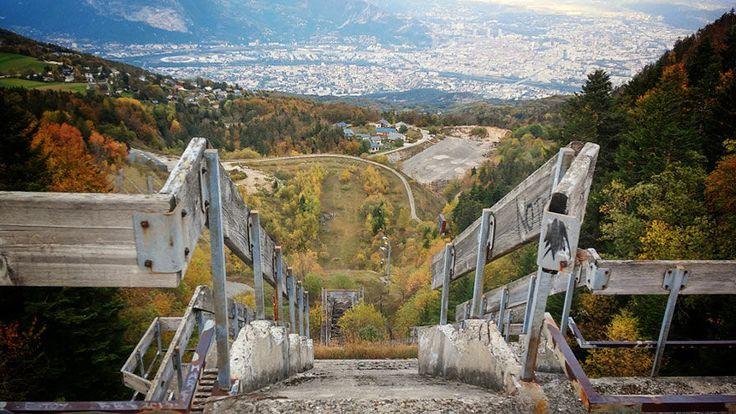 Prachtige en weemoedige foto's van inmiddels verlaten Olympische parken | Flabber