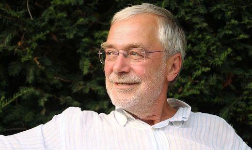 """Gerald Hüther: """"Eltern müssen dem Kind helfen, sich selbst auszupacken"""" / Bild: www.gerald-huether.de"""