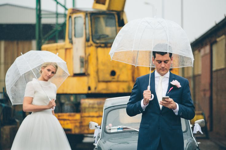#dutchwedding #rainyday #paraplu #fiat #weddingcar #groom #bruidegom #bruid #bride #funny #may #mei #2013 Photo by Sjoerd Banga, © Banganimation