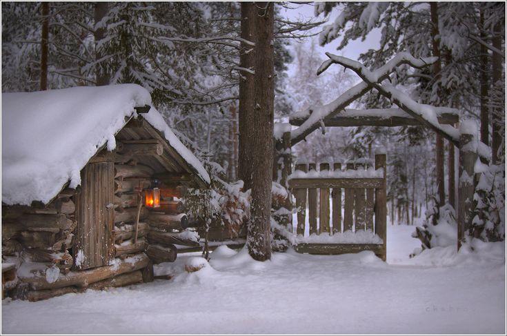 Анимационная картинка домик лесника в зимний период майских праздниках