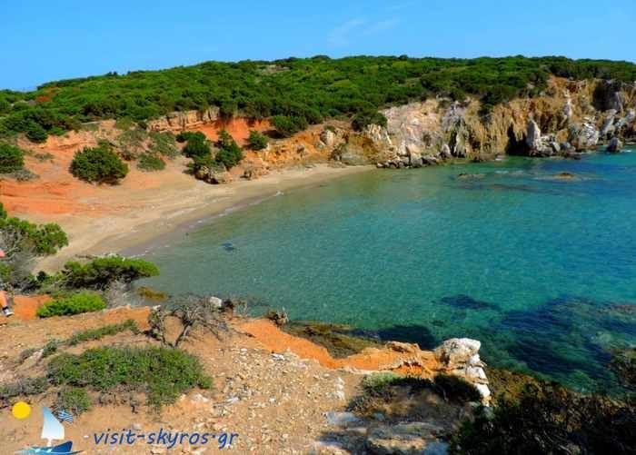 Visit-Skyros-website-photo-of-Theotokos-beach.jpg (700×501)