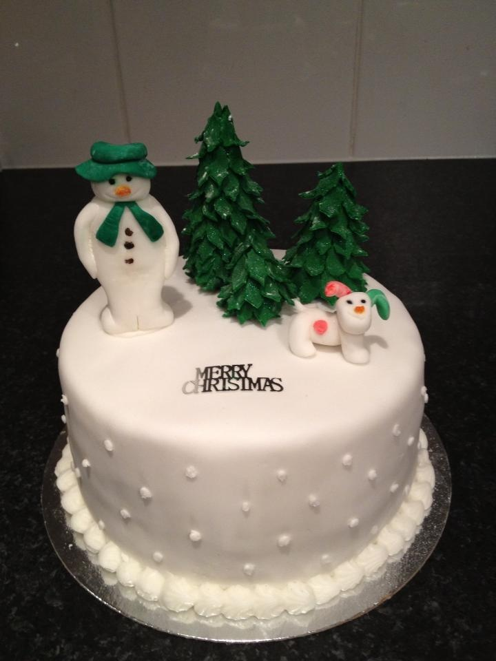 The Snowman And Snowdog Christmas Cake Trees Pinterest