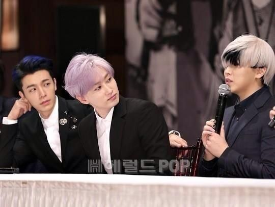 """mamacita presconf - aug 28 '14 - #donghae #eunhyuk are amazed with #sungmin's hair. """"does he even see us?"""" kkk"""