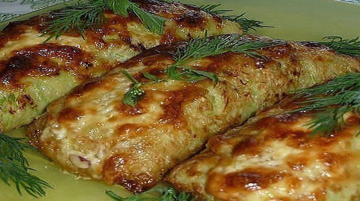 Этот рецепт блюда из кабачков особенный: нежные кабачковые блинчики, свернутые в…