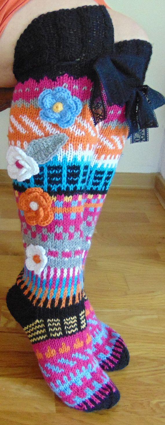 Hand knit knee socks. House knee socks. Flower by TuuliHandmade