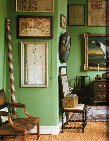 Beautiful green color walls // Peter Hinwood bedroom from World of Interiors, May, 1991