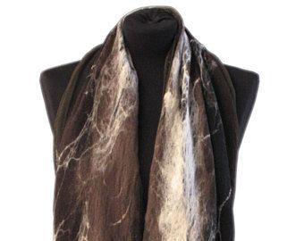 Wild vilt sjaal, Brown sjaal, vacht als sjaal, Nuno voelde sjaal Merino wollen sjaal, vrouwen sjaal, bont sjaal, sjaal, unieke sjaal voor vrouwen.