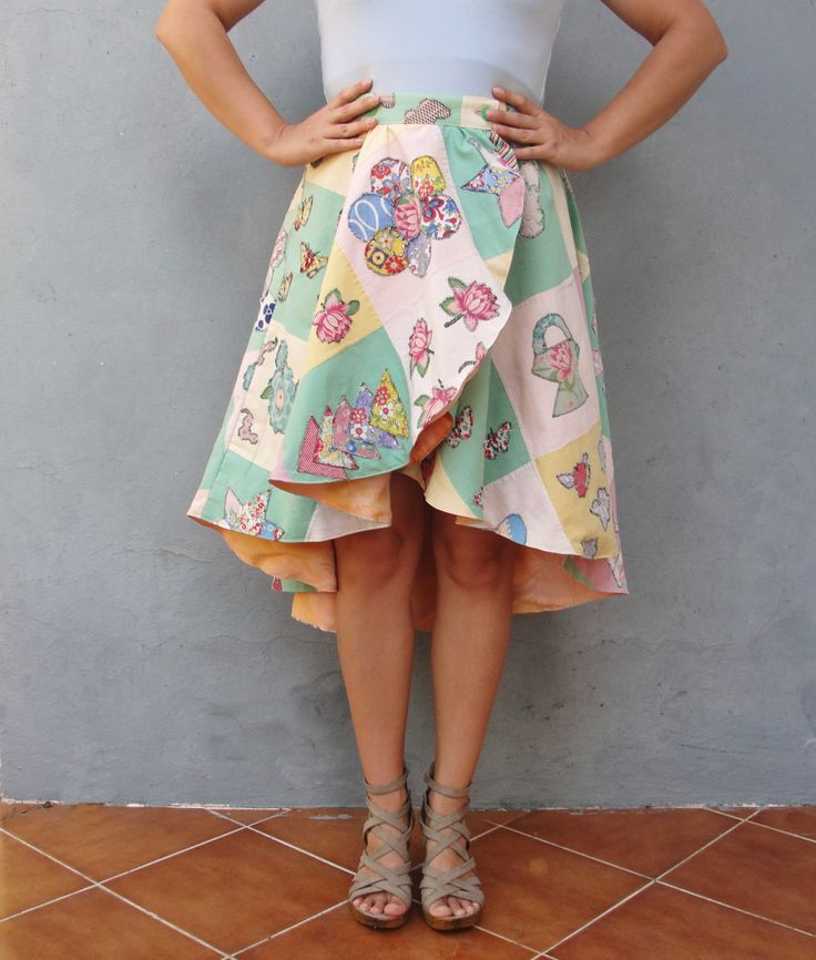 We have made this lovely skirt with vintage appliqued patchwork. the appliques are all redone as a lot of the stitches were not strong anymore. The skirt itself is a high and low model, the front is short and the back slowly gets longer giving it a beautiful layer effect. The pattern of the skirt is quite intriguing making the skirt very playful yet super romantic. It is lined with a soft peach colored satin lining giving it a comfortable feel to the skin.  Can easily be worn during Spring…