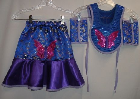 little girl fancy shawl bib and leggings and skirt - mine looks very similar to this design!