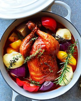 ほっとく時間ばっかりで簡単だったよ!丸鶏焼のわんぱく和イタリアン煮込み & カクテル(レシピ付)は桃缶と白ワインとカルピスのフローズン 今年は家でクリパしよー! レシピブログ