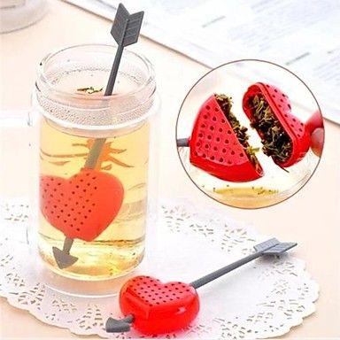 An Arrow Through a Heart Design Plastic Tea Spoon Strainer