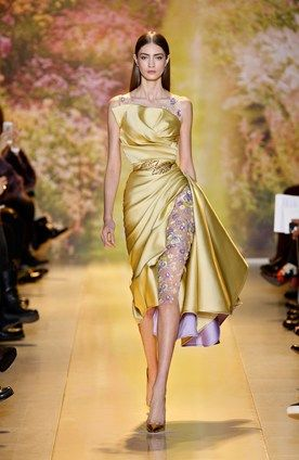 """ZUHAIR MURAD: 2014 Spring/Summer Haute Couture, Look 37 / """"Jonquil and purple knee length Mikado dress with side drape and silk tulle daisy embroidery"""""""