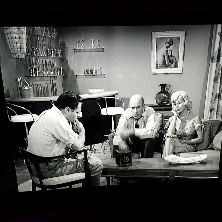 "THE TWILIGHT ZONE episode ""A Most Unusual Camera"".  Loved the campiness of this one."