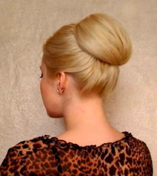 The tutorial: The smooth chignon. | 7 Hairstyles Of The '60s You'd Totally Wear Today