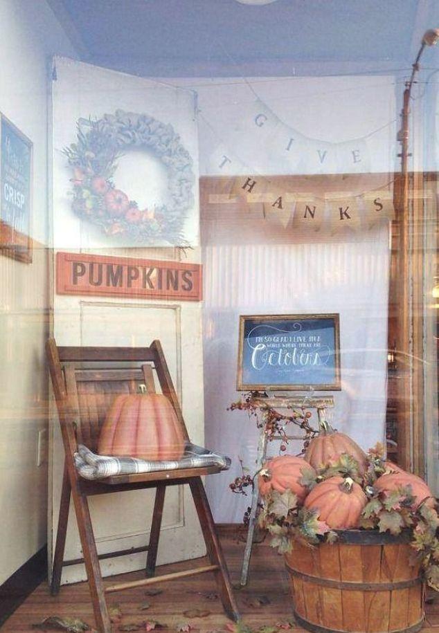 Murphysboro 2020 Halloween Fall Window Display: Love of Family & Home Store in Murphysboro