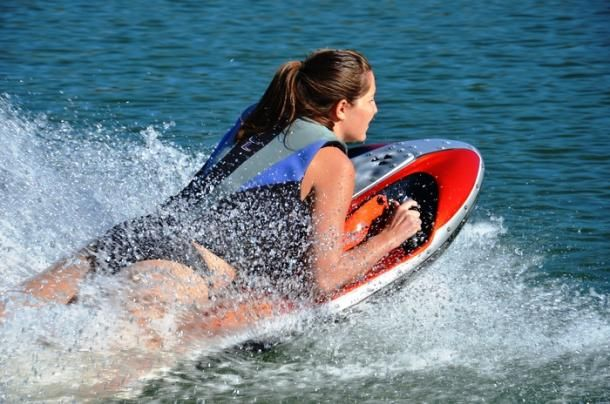 Catch a wave with this motorized jet board by Kymera