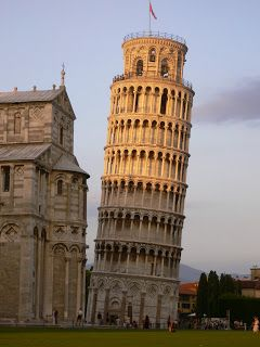 Art and culture: Romanesque art Leaning Tower of Piza