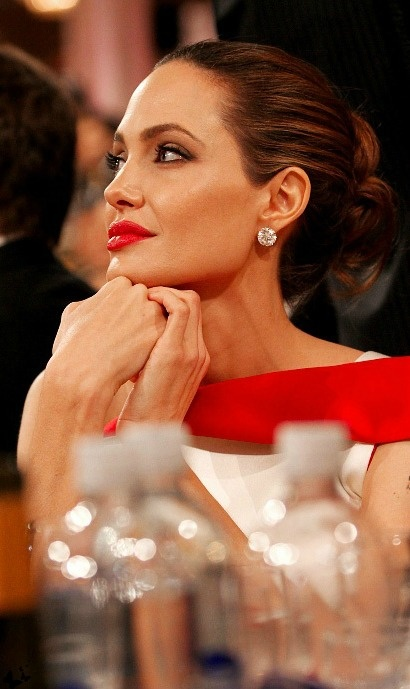 Angelina Jolie -  red lips and classic updo - timeless!