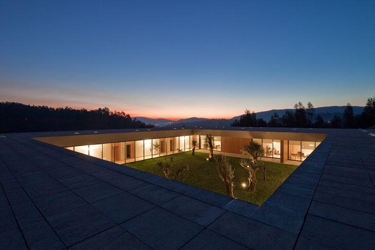 Lar Casa de Magalhães / Carvalho Araújo, Arquitectura e Design
