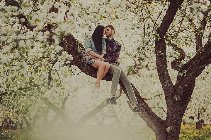 Цветущий сад: love-story Даши и Димы - http://weddywood.ru/cvetuschij-sad-love-story-dashi-i-dimy/