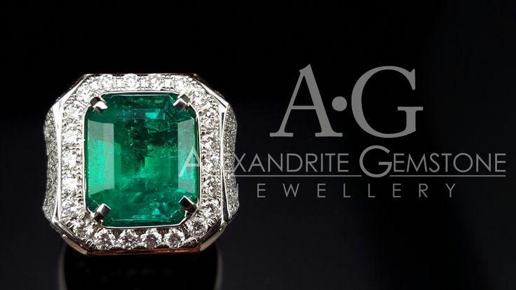 Men ring. Columbian emerald. By Alexandrite Gemstone Jewellery