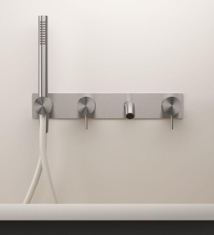 L'acciaio di Zazzeri: materiale essenziale, design essenziale