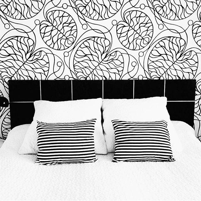 @kiitosmarimekko: Marimekko Bottna Wallpaper. Available at http://kiitosmarimekko.com/products/bottna-wallpaper-black-white