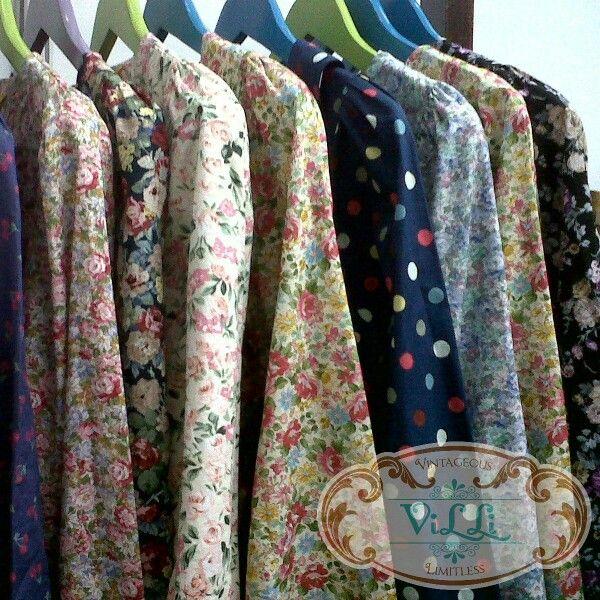 Vintage dress, pin bb 758C8C80
