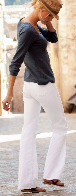 Travel wear 2014. You can never go wrong with white pants, relaxed or fitted, either are perfect for summer. ::M::