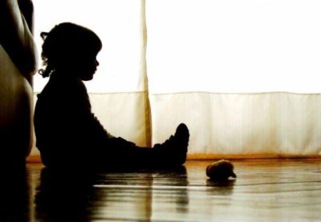 #News  Menina de 2 anos é estuprada e tem perna quebrada pelo padrasto em BH