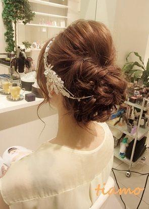 和装に合うシニヨン&ドレスに合うゆるアップ♪リハ編 |大人可愛いブライダルヘアメイク『tiamo』の結婚カタログ