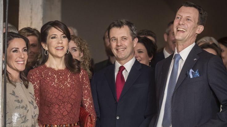 Den kongelige familie var onsdag aften gæster ved returmiddag på Nordatlantens Brygge.