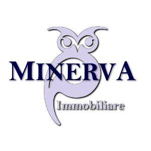 Minerva Immobiliare affitta locale commerciale di mq 52 da adibire a negozio o ufficio. L'immobile comprende un piccolo ripostiglio, un bagno ed è diviso in due ambienti. Ottima zona. Classe energetica in fase di definizione.