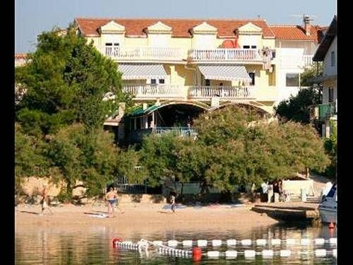 Villa Delfin offer #favorablepriceaccommodation in #apartmentswithseaviews located only 30m from the beach in #Grebaštica The #accommodation is ideal for #Grebasticafamilyvacation #holidaysinCroatia for group of friends as well as for #Sibenikactiveholidays  For more info about #GrebasticaVacationrentals and offer of #apartmentsinGrebastica and #Croatiaapartments offer visit http://www.apartmentincroatia.com/croatia-apartments/north_dalmatia_region_sibenik/grebastica and…