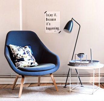 Via Ohhhmhhh   Blue Chair