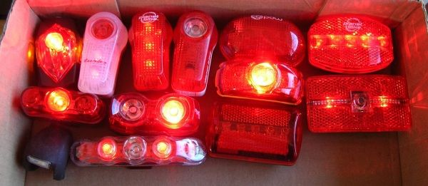 Review of the Best Bicycle Tail Lights in 2012. (If you can't afford a $200 Dinotte 400R Red Taillight, read about the Cygolite Hotshot...)